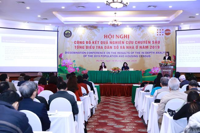 Mức sinh của Việt Nam đã giảm gần một nửa trong vòng 30 năm - Ảnh 1.