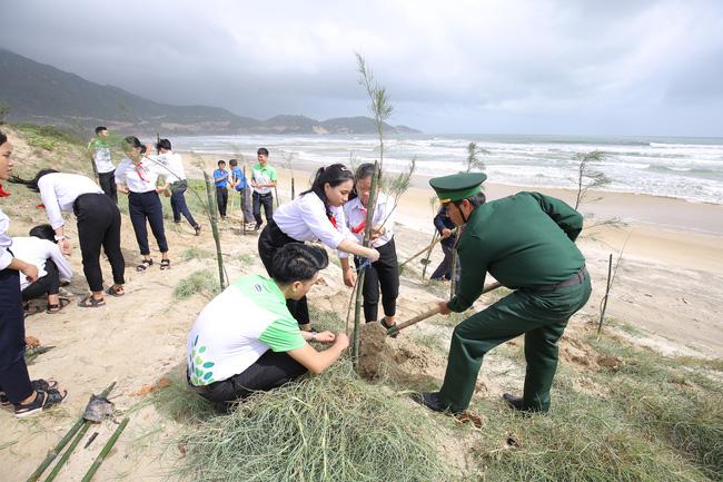 """""""Qũy 1 triệu cây xanh cho Việt Nam"""" lan tỏa tình yêu thiên nhiên, môi trường đến với học sinh - Ảnh 5."""