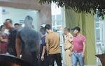 Hà Tĩnh: 2 công an bị vây đánh trong quán karaoke
