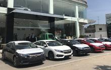 Nhiều mẫu xe hơi giảm giá, ưu đãi cả trăm triệu đồng